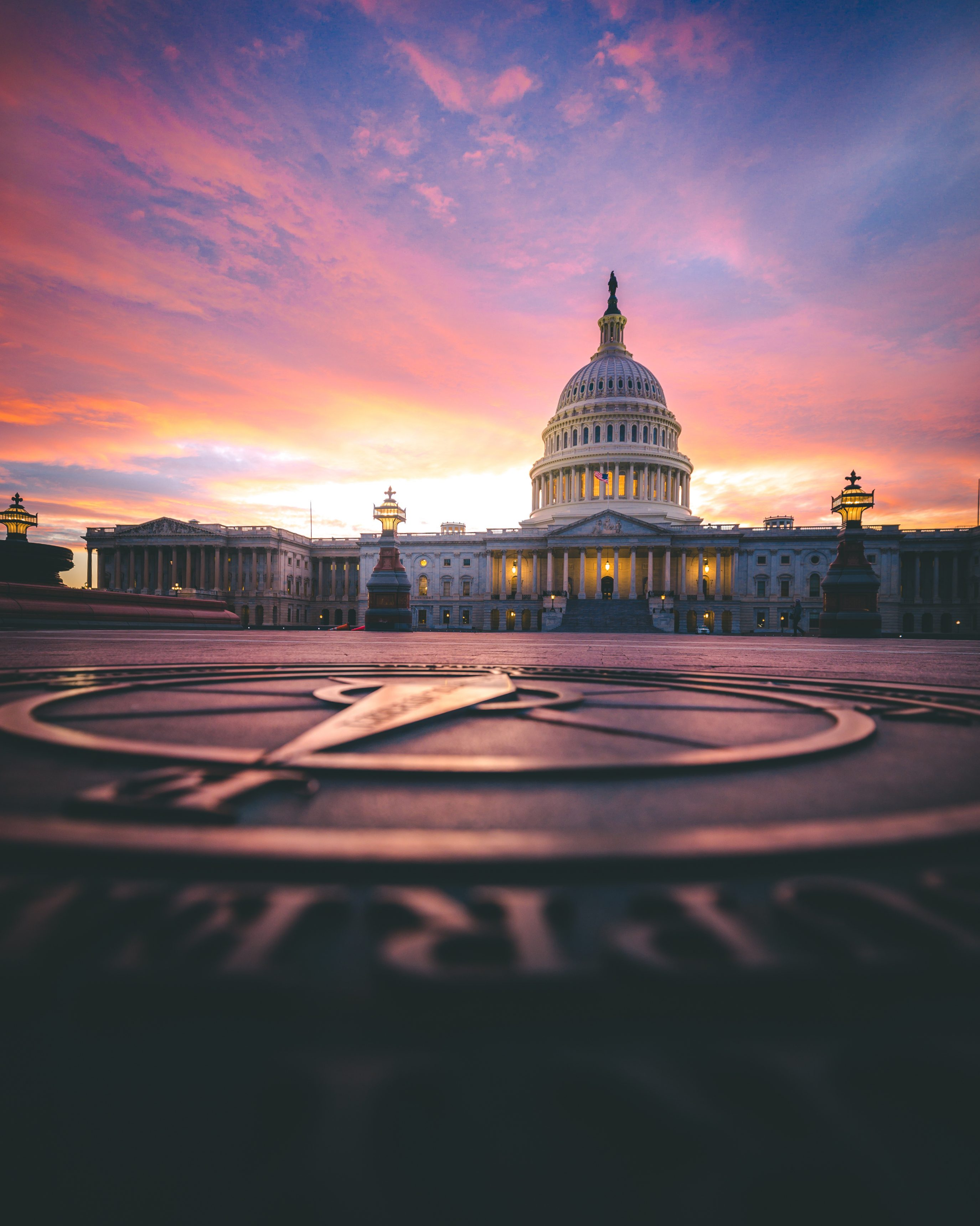 Us Capitol Seal Sunset Reflection