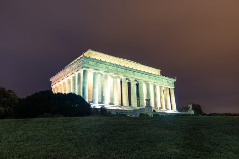 Lincoln Memorial External At Night