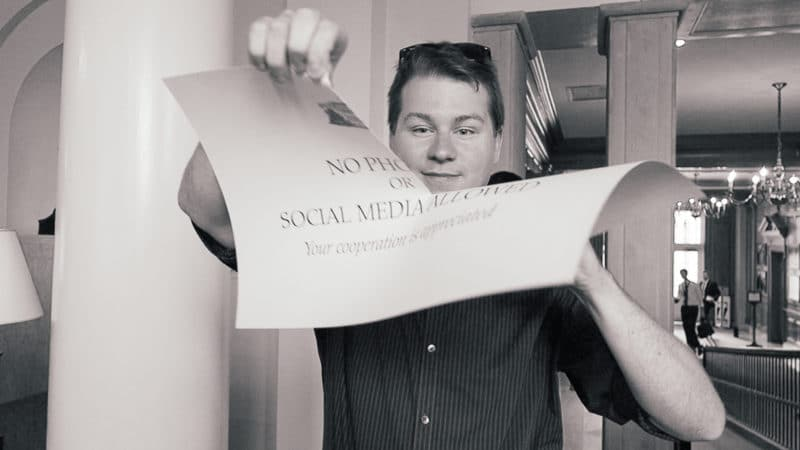Ripping the No Social Media and Photos Sign