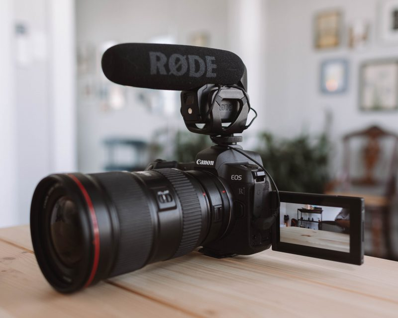 Canon Eos R Vlogging Setup 16 35 Rode Video Mic Pro
