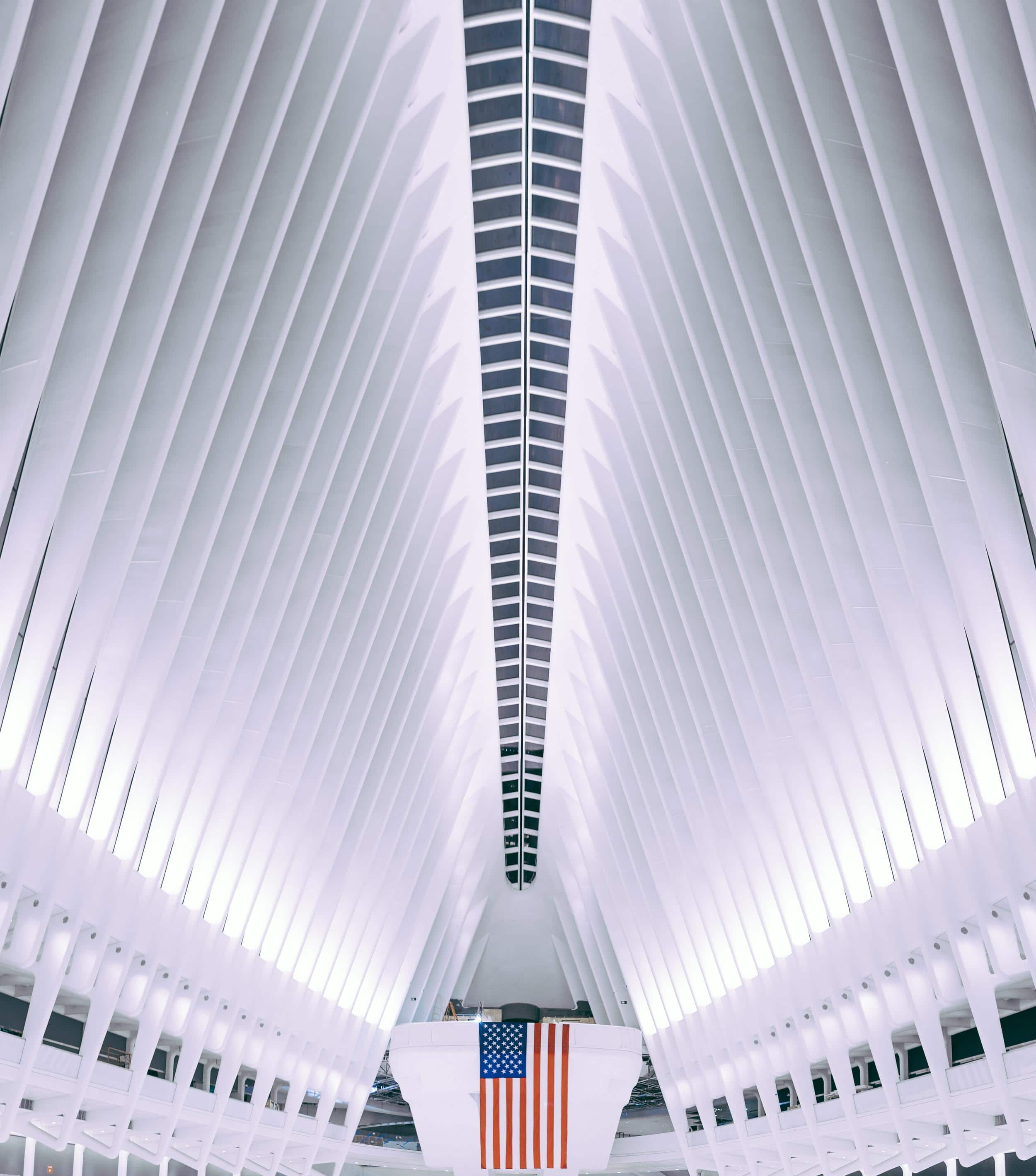 One Of The Newest Additions To Nyc Calatrava Designed Path Station At World Trade Center Is Pure Beauty Dubbed Oculus Its Unique Design Was