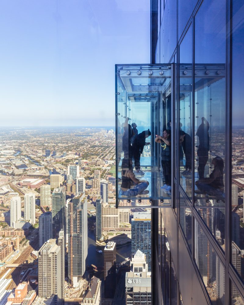 chicago-skydeck-glass-floor
