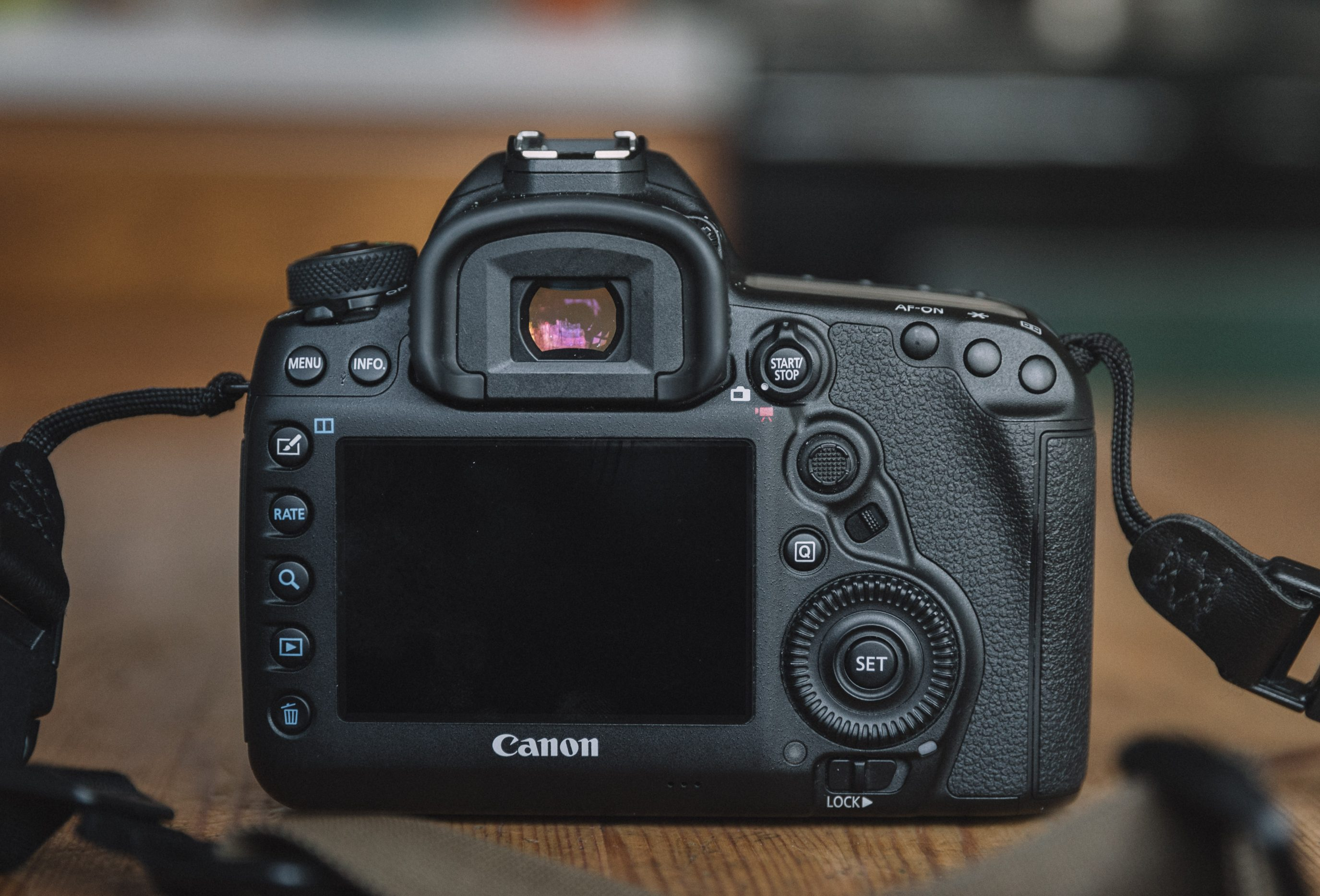 canon 5d mark iv review upgrading from a canon 6d. Black Bedroom Furniture Sets. Home Design Ideas