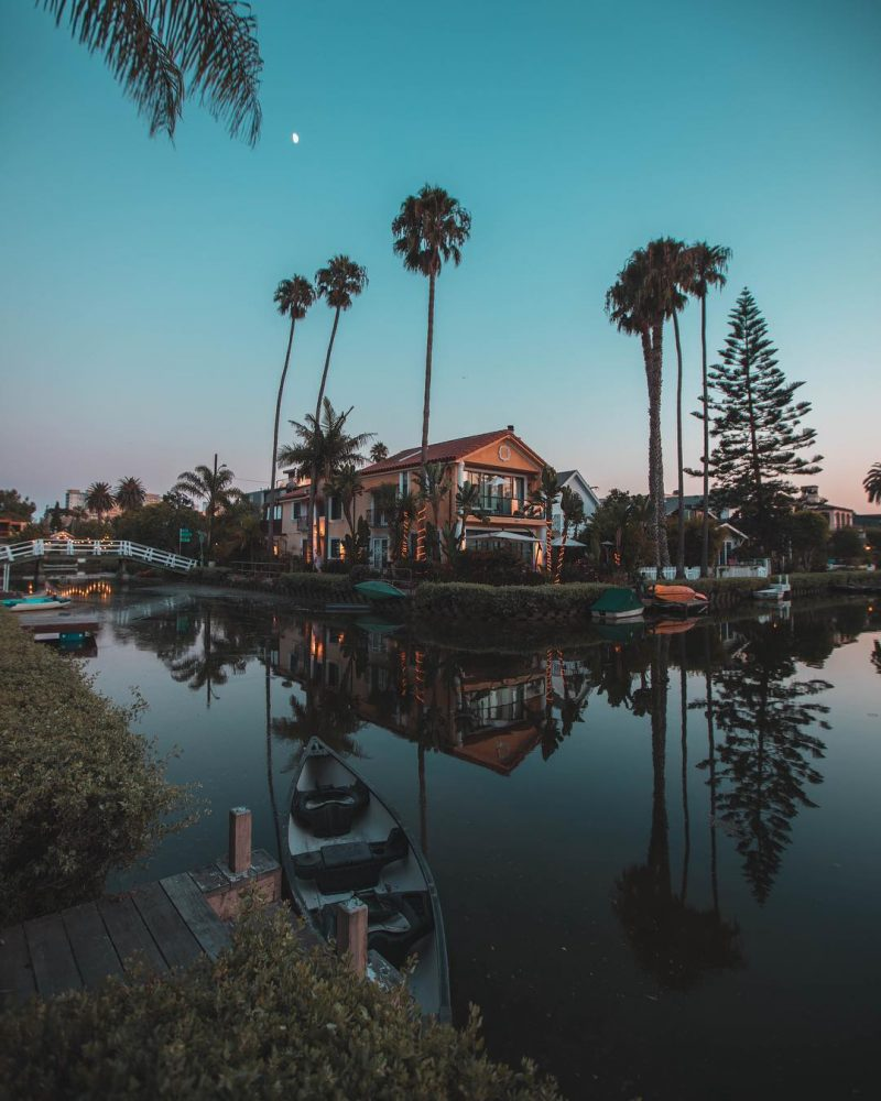 Venice Beach Canals By Roberto Nickson
