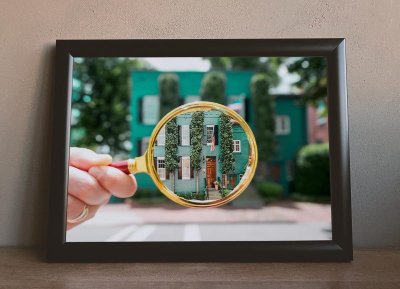 House In Georgetown Magnfying Glass Print Dccitygirl