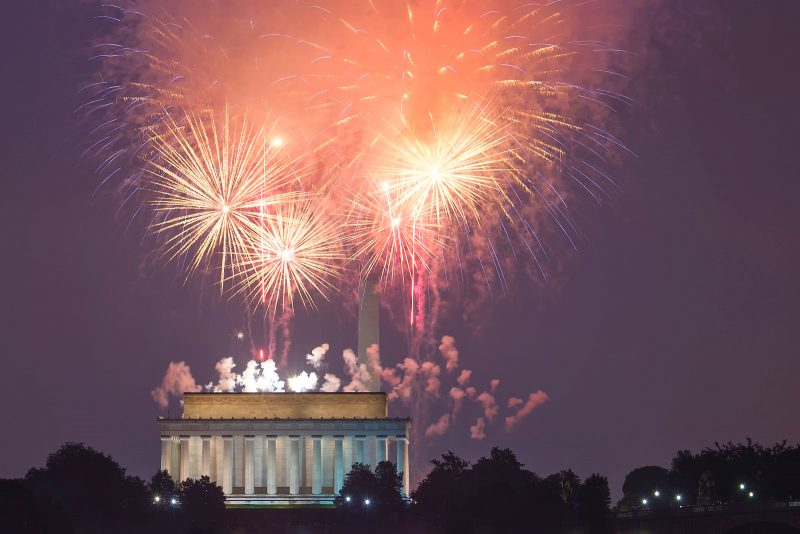 4th of July fireworks at the Lincoln Memorial in DC by Angela Pan